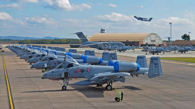Illustration for article titled How Many A-10 Combat Planes Can You Count In This Photo?