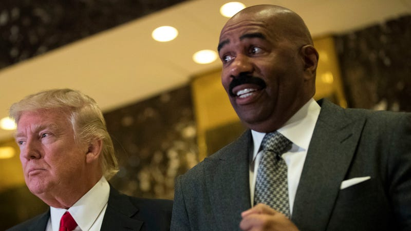 Steve Harvey Mocks Flint Resident: 'Enjoy Your Nice Brown Glass Of Water'