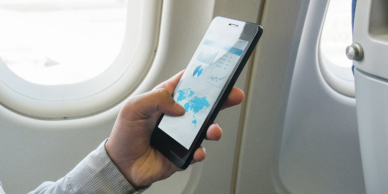 How To Survive a Long Flight With Just Your Smartphone