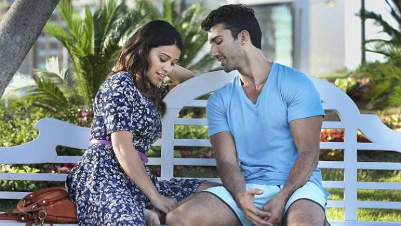 Illustration for article titled Jane The Virgin's first season mocked melodrama without losing its emotion