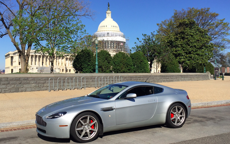 Illustration for article titled I Drove My Aston Martin Through The Nightmare Traffic Of Washington D.C.