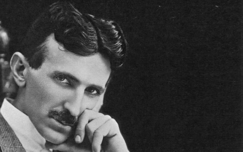 Illustration for article titled En 1926, Nikola Tesla predijo el smartphone con una precisión increíble