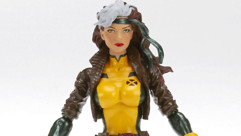 Illustration for article titled We're Finally Getting a Classic Rogue Action Figure, and She Looks Fantastic