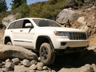 Illustration for article titled First Photos: 2011 Grand Cherokee Gets Trail-Rated