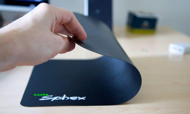 Illustration for article titled Razer Sphex Mousepad Lightning Review