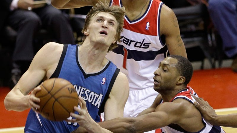 Illustration for article titled Andrei Kirilenko Signs Inexplicable Deal With Brooklyn Nets