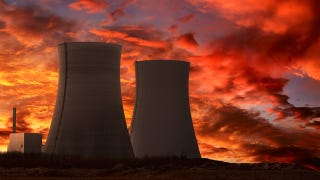 Illustration for article titled Is nuclear power really on the way out?