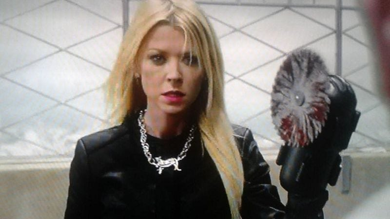 Illustration for article titled Tara Reid will return for Sharknado 3, obviously