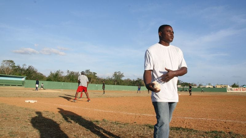 Illustration for article titled The Dominicans in Ballplayer: Pelotero compete on an unequal playing field