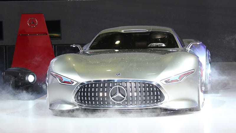 Illustration for article titled The Mercedes Gran Turismo Vision: How The Future Makes Us Lust