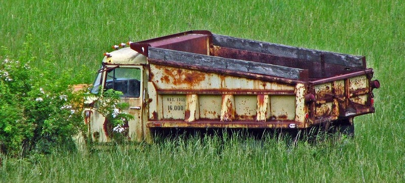 Illustration for article titled Dump Truck Rusts In Peace: Pike County, Ohio