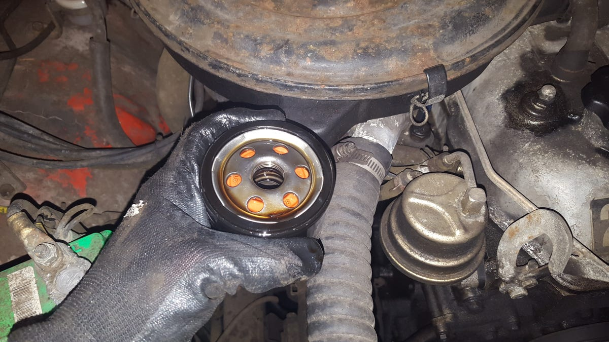 Oil Change On A 1980 Toyota Pickup Guide Fuel Filter Location