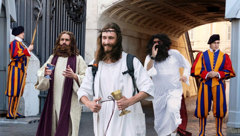 Illustration for article titled Thousands Of Drunk Revelers Dressed As Jesus Descend On Vatican For Annual ChristCon Pub Crawl