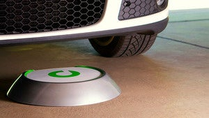 Illustration for article titled Evatran Brings Wireless Charging To Cars
