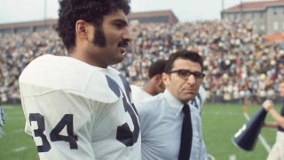 Illustration for article titled Franco Harris Wants Joe Paterno Reinstated For Four Games Next Season, Because Franco Harris Has Lost His Mind