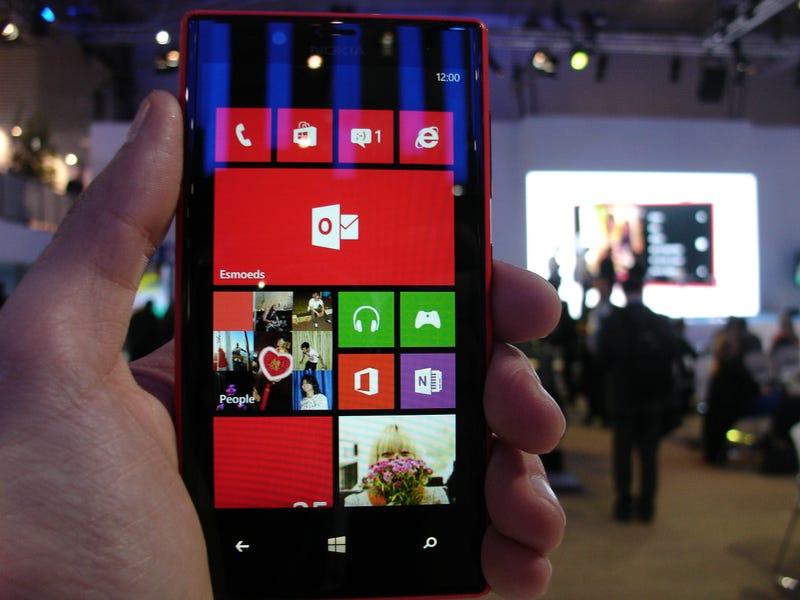 Illustration for article titled Probamos el Nokia Lumia 720: los smartphones baratos también son potentes