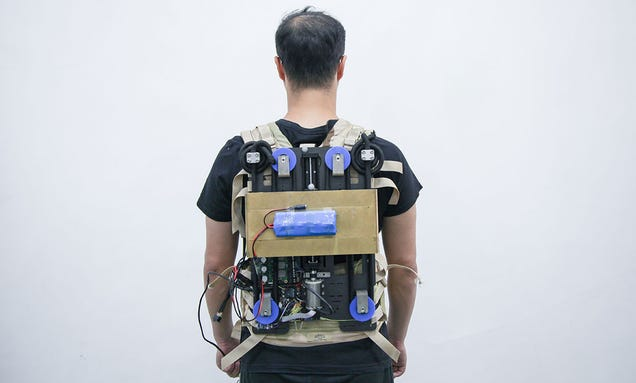 This Robotic Backpack Takes the Load Off