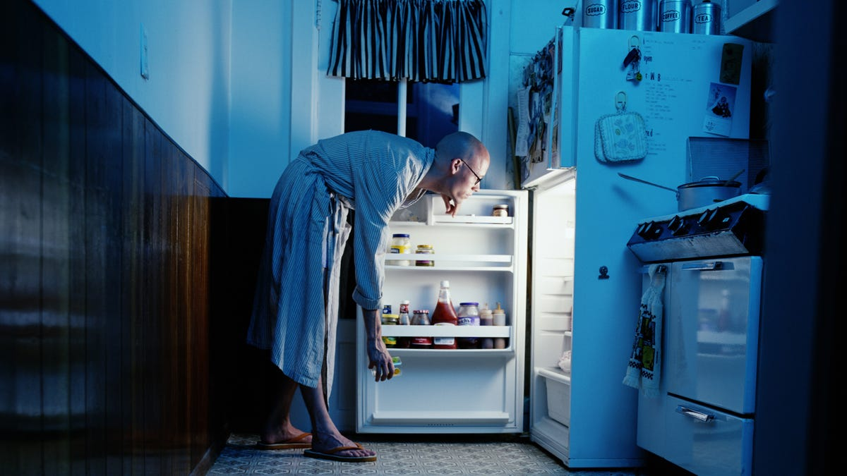 Your ancient ancestors may be to blame for your nighttime binge-eating