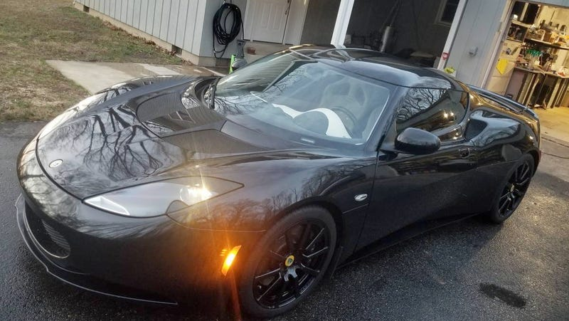 Illustration for article titled Could This 2010 Lotus Evora Be 'Good Enough' to Ask $33,900?