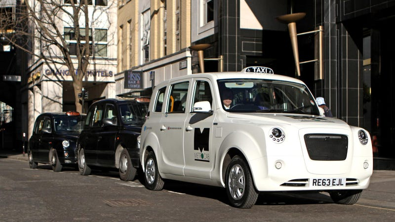 Illustration for article titled Frazer-Nash's New Hybrid Cab Is The Taxi London Deserves