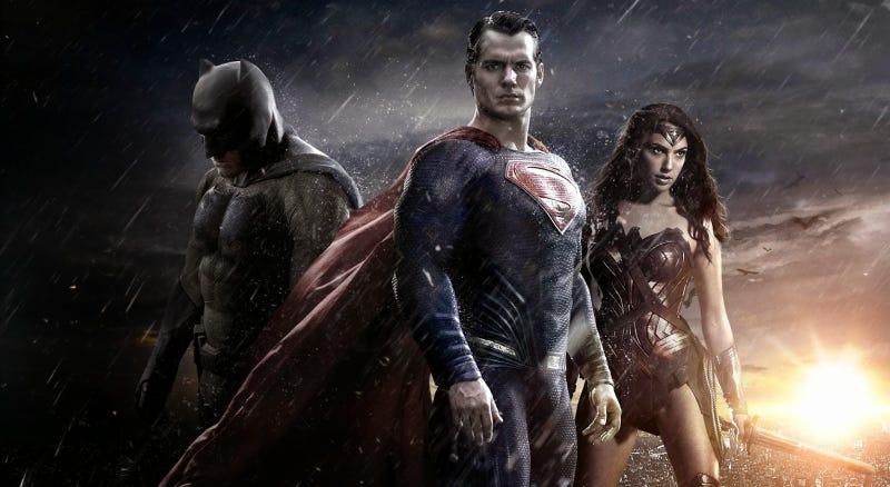 Illustration for article titled Cómo hicieron los trajes de los superhéroes en Batman v Superman: Dawn of Justice