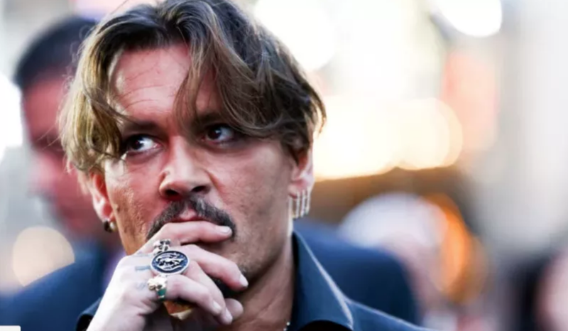 Illustration for article titled Amber Heard Denies Johnny Depp's Claim That She Once Punched Him in the Face