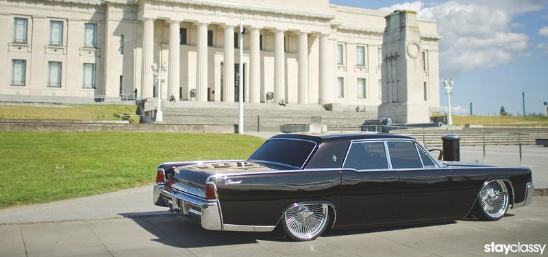 Illustration for article titled American Cars Are Odd: '64 Lincoln Continental
