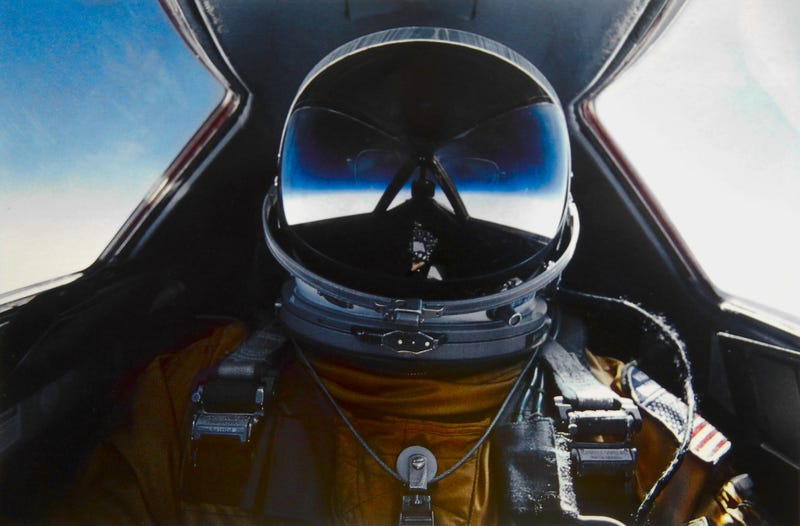 Illustration for article titled Excerpt From Pilot Rick McCray's Interview On Flying The SR-71
