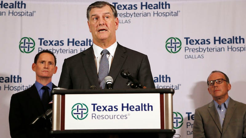 Illustration for article titled ​Let the Panic Begin: Texas Health Worker Tests Positive for Ebola