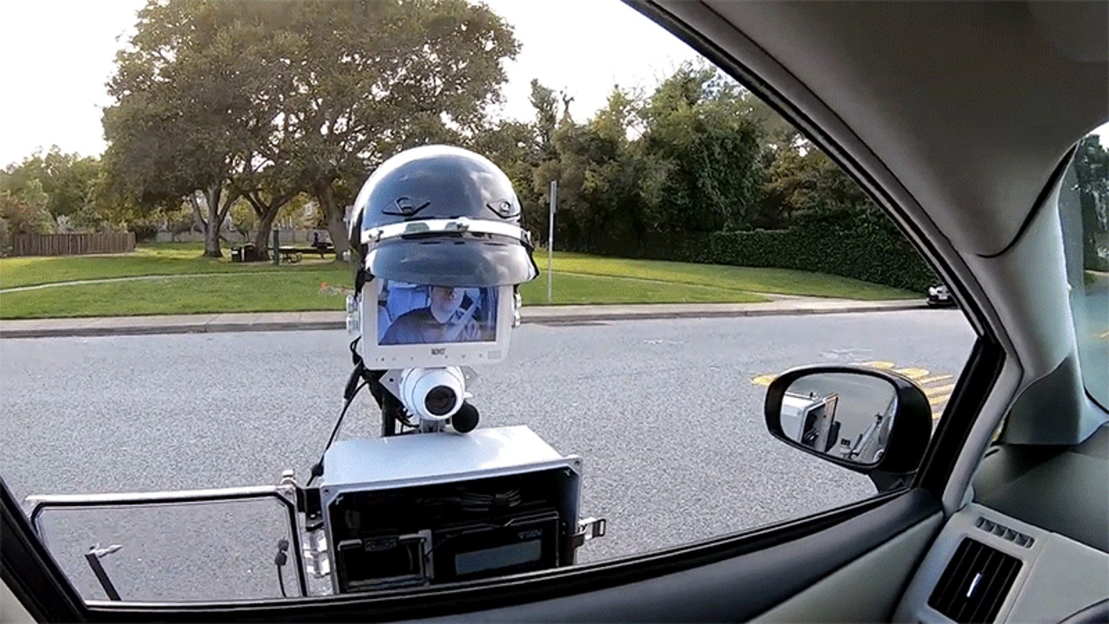Cops on patrol may be able to work remotely thanks to tablet on a stick.