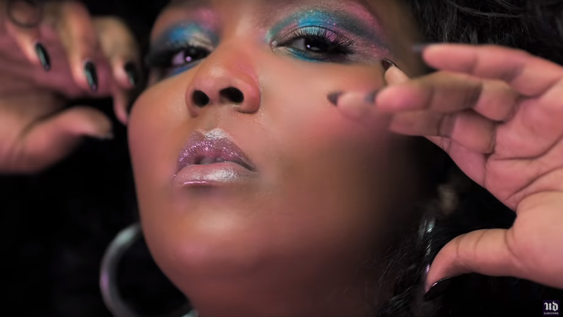 Illustration for article titled Lizzo Is Looking 'Good as Hell' in Her 1st Cosmetics Campaign for Urban Decay