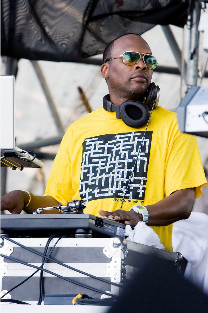 Illustration for article titled DJ Jazzy Jeff Booted Off Stage for...Playing Hip Hop?