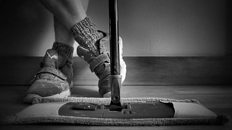 Illustration for article titled Cómo limpiar una casa como auténticos profesionales de la limpieza