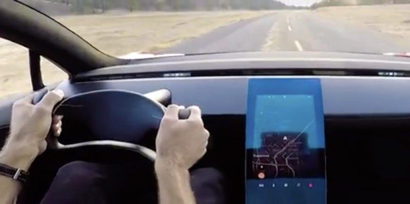 Illustration for article titled El interior del próximo Tesla es tan minimalista que parece sacado de Star Trek