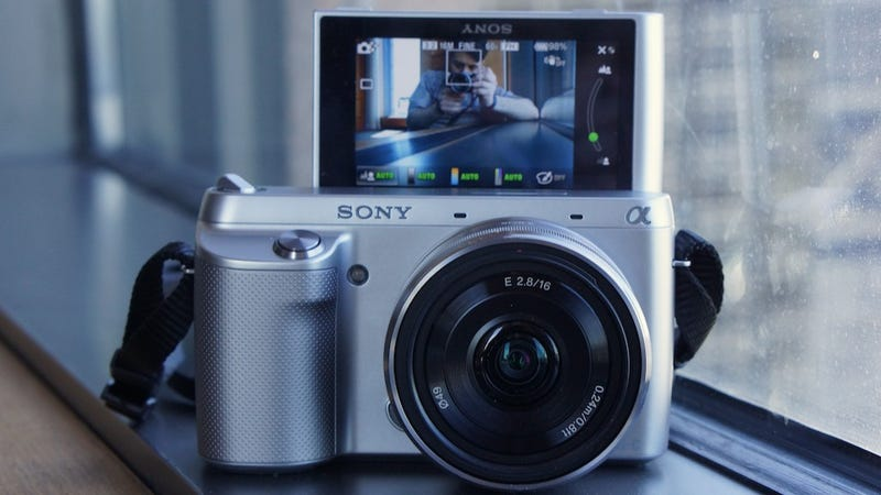 Illustration for article titled Sony NEX-F3 Hands-On: The Best Affordable Pro Compact Camera Gets a Boost