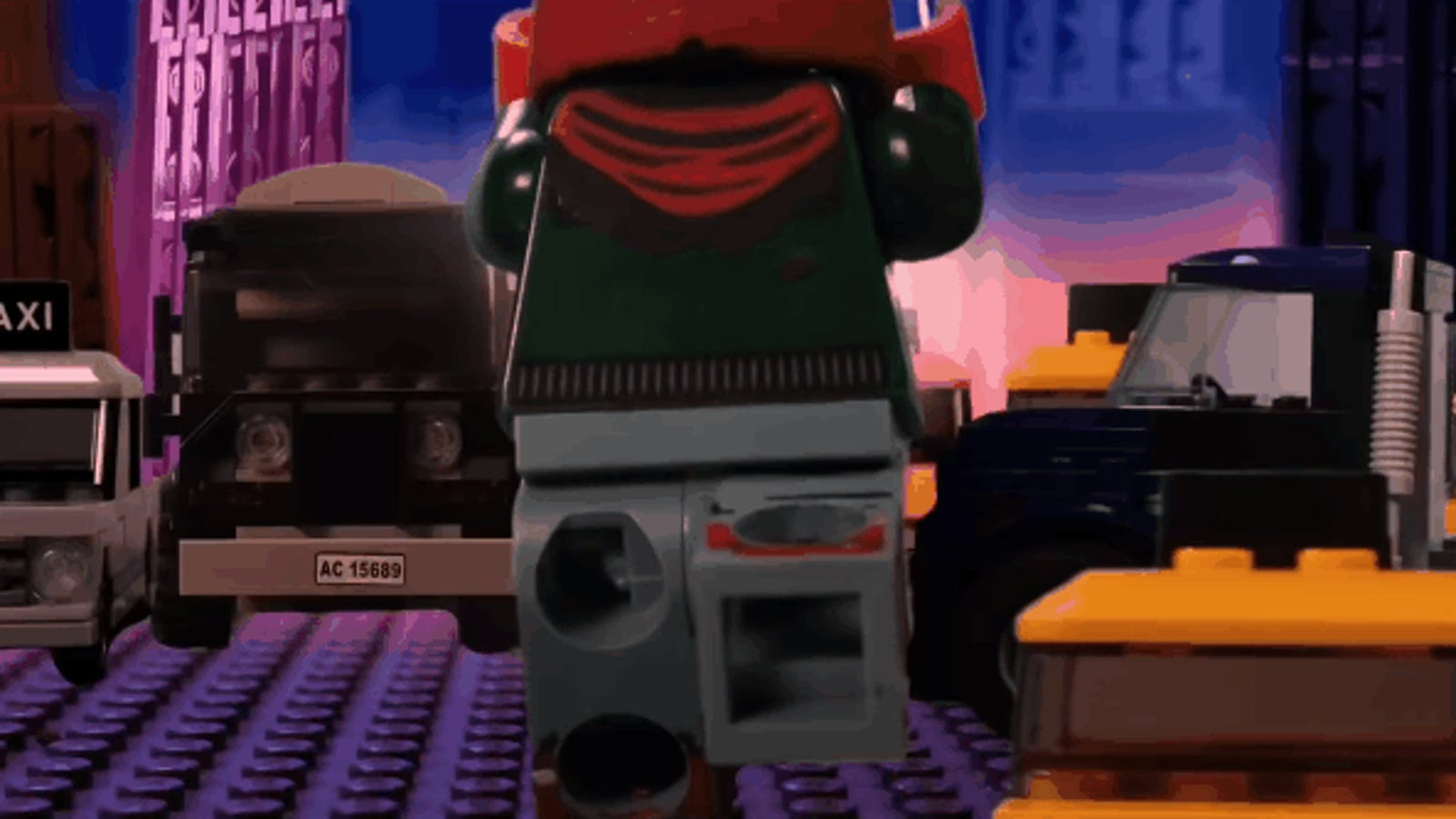 Spider-Man: Into the Spider-Verse's Most Triumphant Moment Still Rules in Lego Form
