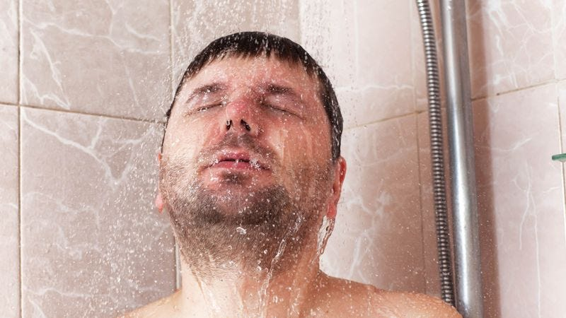 Illustration for article titled Weird Man Begins Every Morning By Dousing His Naked Body In Water