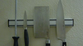 Illustration for article titled How Do I Sharpen a Kitchen Knife?