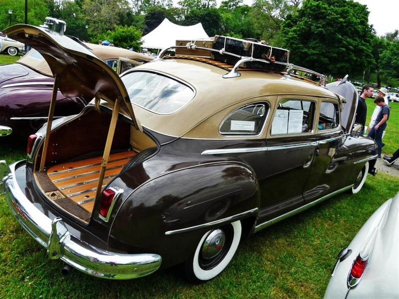 Illustration for article titled 1947 DeSoto Custom Suburban Makes Minivans Seem Really Crappy