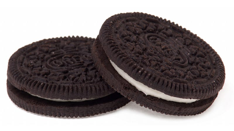 Illustration for article titled A Century and 500 Billion Cookies Later, Oreos Are Still the Original Fun Snack