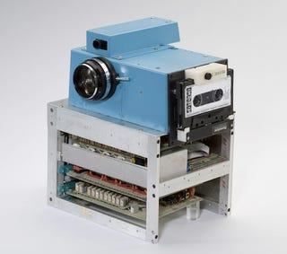 Illustration for article titled How Kodak Built a FrankenCamera to Take Digital Photos in 1975