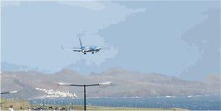 La rápida reacción del piloto evita un choque al aterrizar en Madeira