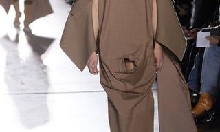 Illustration for article titled Na, mi az, ami nem volt még divatbemutatón? (18+)