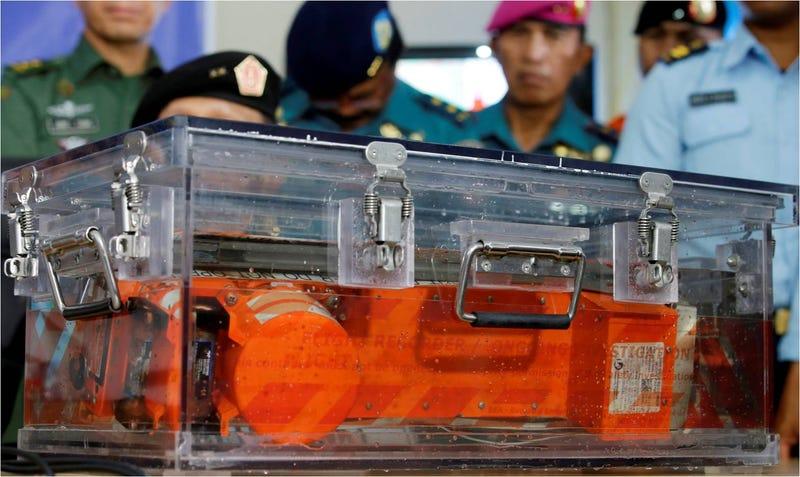 Illustration for article titled Recuperan una de las cajas negras del vuelo siniestrado de AirAsia