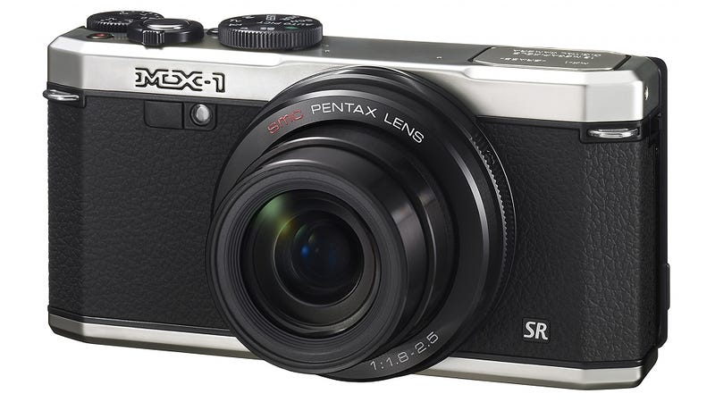 """Illustration for article titled Pentax MX-1: This Camera's """"Retro"""" Style Might Be Past Its Prime"""