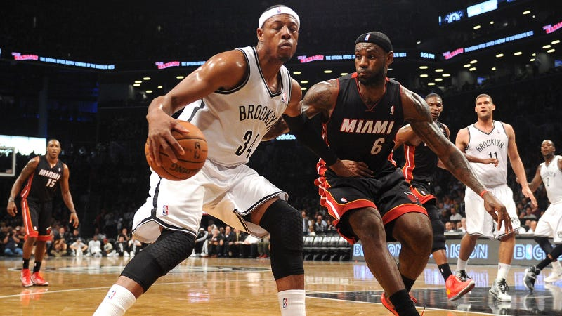 Illustration for article titled NBA Stat Guru Kevin Pelton On Greg Oden, The Fraudulent Knicks, And More