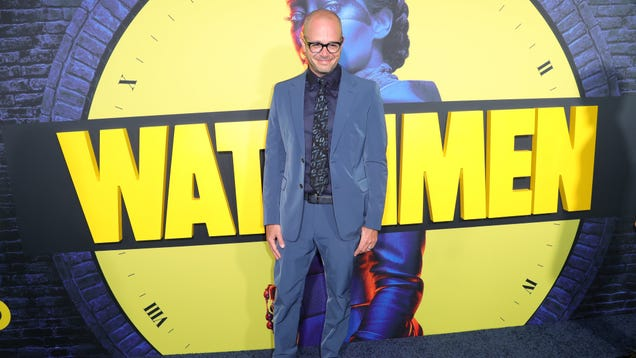 He knows it's absurd, but Damon Lindelof thinks Alan Moore cursed him for making Watchmen