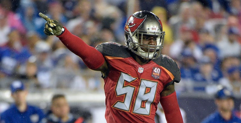 Illustration for article titled Report: Bucs Linebacker Kwon Alexander Could Face PED Suspension