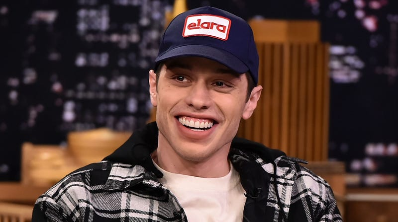 "Illustration for article titled Pete Davidson lays into Chevy Chase, calls him a ""fucking douchebag"""