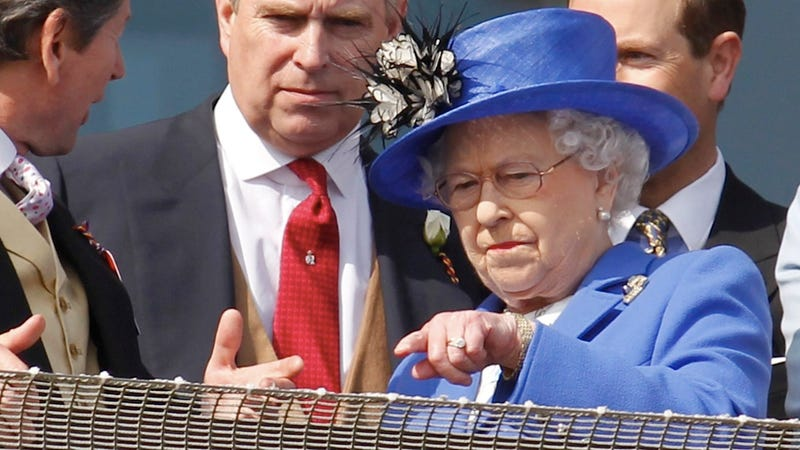 Illustration for article titled The Queen Royally Shames a Subject for Being Insufficiently Jubilant